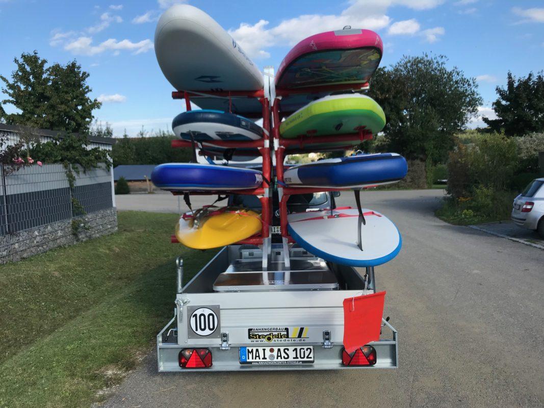 SUP Boards gestapelt